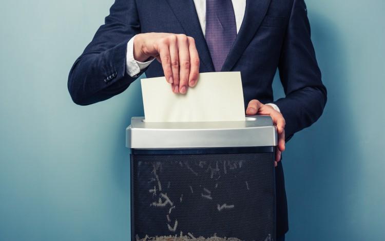 oszczędzanie papieru w biurze